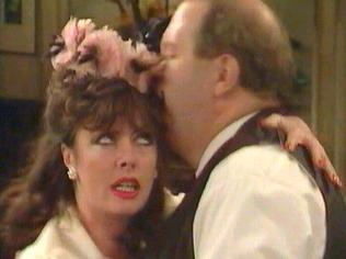 The  'ALLO 'ALLO!  Gallery on YCDTOTV.de    Path: www.YCDTOTV.de/allo_img/d1_044.jpg